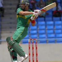 jacques-kallis-pulls-to-the-boundary